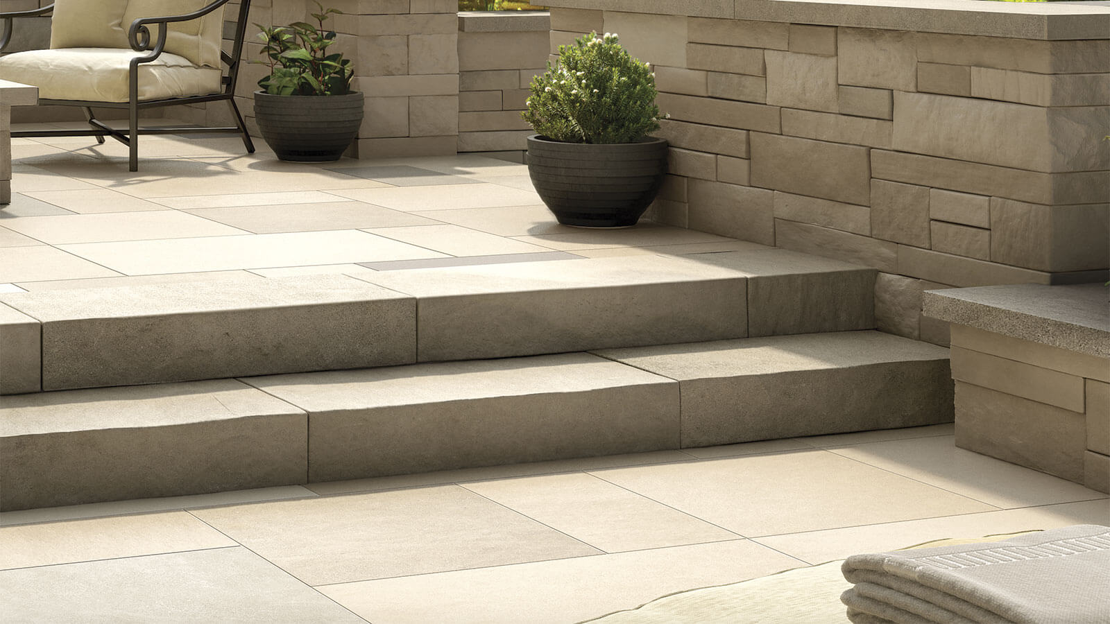 Steps & Treads 5 - Polycor Hardscapes