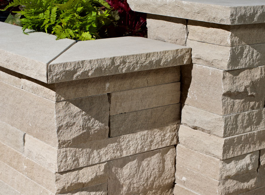 Garden Walls - Polycor Hardscapes
